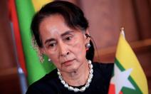 Bà Aung San Suu Kyi mệt mỏi vì hầu tòa quá nhiều