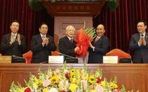 Mong đội ngũ lãnh đạo khóa mới đưa đất nước phát triển mới, đột phá mới