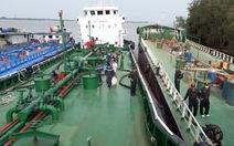 Thu giữ thêm 2 tàu trọng tải khủng trong vụ pha chế 2,7 triệu lít xăng giả