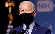 Ông Biden than 'nền dân chủ Mỹ mong manh' sau khi ông Trump trắng án
