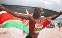 Điểm tin thể thao sáng 15-2: Chepkoech phá kỷ lục thế giới nội dung chạy 5km