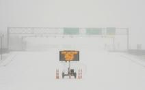 'Sa mạc' Texas bỗng thành Bắc Cực, 4 triệu người lạnh run vì mất điện