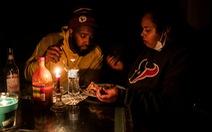 Hàng triệu người Texas vật lộn trong giá buốt và mất điện