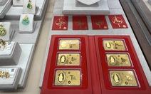 Lệch pha cung cầu, giá vàng trong nước neo ở mức 56,75 triệu đồng/lượng
