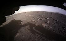 NASA công bố video tàu thăm dò Perseverance hạ cánh ấn tượng trên sao Hỏa