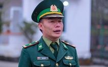 Anh lính người Mông thông thạo nhiều thứ tiếng