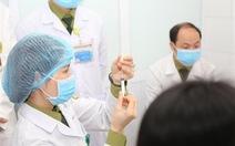 Hơn 900 nhân viên y tế Bệnh viện Bệnh nhiệt đới TP.HCM tiêm  vắc xin đợt đầu