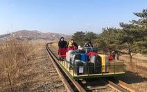 Các nhà ngoại giao Nga rời Triều Tiên bằng xe đẩy đường sắt