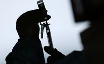 ĐH Oxford nói vắc xin của AstraZeneca giảm 2/3 mức độ lây nhiễm