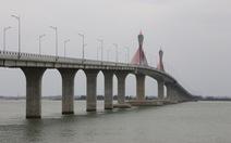 Cho xe máy, ôtô dưới 15 chỗ qua cầu Cửa Hội từ ngày 6-2