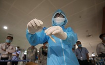4 nhân viên bốc dỡ ở sân bay Tân Sơn Nhất nghi nhiễm COVID-19