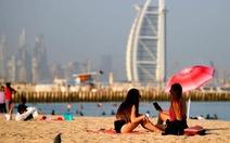 Dubai 'mở cửa' du lịch, lượng bệnh nhân COVID-19 tăng đột biến