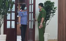 Bắt phó giám đốc Bệnh viện Mắt TP.HCM
