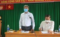 Thứ trưởng Bộ Y tế yêu cầu xét nghiệm kháng thể 'thật nhanh' nhóm nhân viên bốc xếp ở sân bay