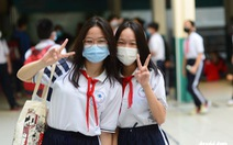 Học sinh TP.HCM trở lại trường sau kỳ nghỉ tết dài chống dịch