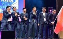 Hậu trường thi Olympic quốc tế - Những chuyện chưa kể - Kỳ 1: 'We are from Việt Nam'