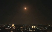 Syria bắn hạ một loạt tên lửa dồn dập nhắm vào thủ đô Damascus
