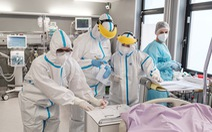 Thế giới đối diện khủng hoảng nhân lực y tế, 3.000 y tá chết vì COVID-19