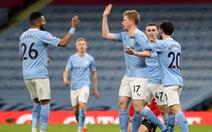 Vùi dập Southampton, Man City bỏ xa Man Utd 14 điểm