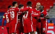 Salah và Mane đưa Liverpool vào tứ kết Champions League