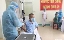 100 nhân viên y tế ở Đà Nẵng đã được tiêm vắc xin COVID-19