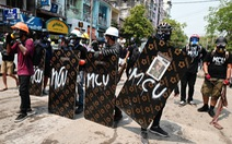 Anh khuyến nghị công dân rời Myanmar, Hàn Quốc dừng trao đổi hợp tác quốc phòng