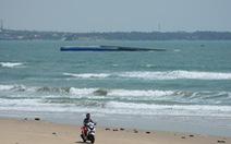 Chưa có hiện tượng rò rỉ tro bay, tràn dầu trong vụ tàu chìm ở biển Mũi Né