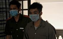Vụ 'yêu' bạn gái ở Long An và TP.HCM: VKS giữ quan điểm tách án, toà tuyên 2 năm tù