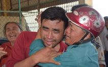 Nước mắt xúc động đón 47 ngư dân gặp nạn trên biển trở về