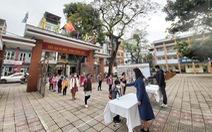 Trường học Hà Nội phòng dịch nghiêm ngặt để đón gần 2 triệu học sinh đi học lại