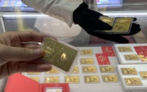 Giá vàng trong nước - thế giới chênh mức 'kinh hoàng': 8,25 triệu đồng/lượng
