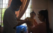 Hàng trăm người nôn ói, đau bụng bất thường: Huyện nói đang khẩn trương điều tra