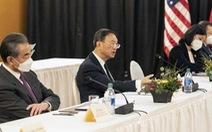 Ông Dương Khiết Trì nói tiếng Trung 15 phút, Mỹ 'đùa' Trung Quốc nên tăng lương phiên dịch viên