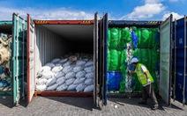 Malaysia hoàn trả container rác thải nhựa được vận chuyển từ Mỹ