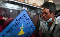 Cảnh sát Myanmar tiếp tục nổ súng, 1 thanh niên bị bắn vào cổ