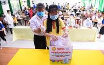 Giảng viên, sinh viên trường cao đẳng trao 219 triệu đồng 'Cùng Tuổi Trẻ góp vắc xin COVID-19'
