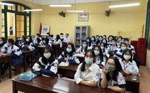Học sinh Hải Phòng phấn khởi trong ngày trở lại trường