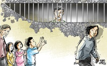 Đâm bạn thân vì ngoại tình với vợ, người chồng đi tù, 3 con trẻ bơ vơ
