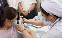 Đề xuất mua khoảng 5 triệu liều vắc xin COVID-19 tiêm ngừa cho người dân TP.HCM