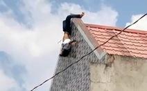 Thợ sơn ngáo đá 'làm xiếc' trên nóc nhà rồi nhảy xuống đất bất tỉnh
