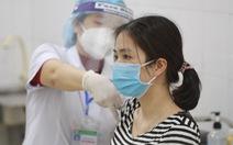 Ngày đầu tiêm vắc xin ngừa COVID-19: Không ghi nhận phản ứng bất thường sau tiêm