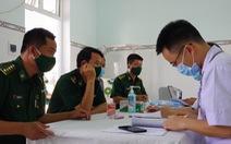 Tiêm vắc xin COVID-19 cho chiến sĩ biên phòng 6 tỉnh Tây Nam chống dịch