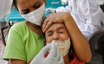 Ca lây nhiễm COVID ở Ấn Độ lại lên 6 số mỗi ngày