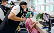 Lo vỡ trận y tế, Bangkok gấp rút xây nhiều bệnh viện dã chiến