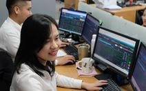 VN có 38 doanh nghiệp tỉ đô, gần 11 triệu tỉ đồng 'sang tay' trên sàn chứng khoán TP.HCM sau 21 năm
