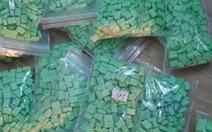 Tài xế Grab bị 'bom hàng' cả 1.000 viên ma túy tổng hợp