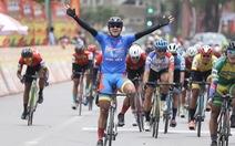 Tấn Hoài rút thắng hai ngoại binh ở chặng đua gần 200km