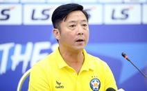 HLV Lê Huỳnh Đức: 'Các tiền đạo của tôi 'cùi' quá'