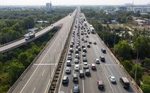 Bộ Giao thông vận tải yêu cầu xả trạm thu phí nếu ùn tắc kéo dài dịp lễ 30-4