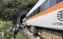 Tai nạn thảm khốc ở Đài Loan: Xe lửa trật đường ray, 48 người chết, 86 người bị thương